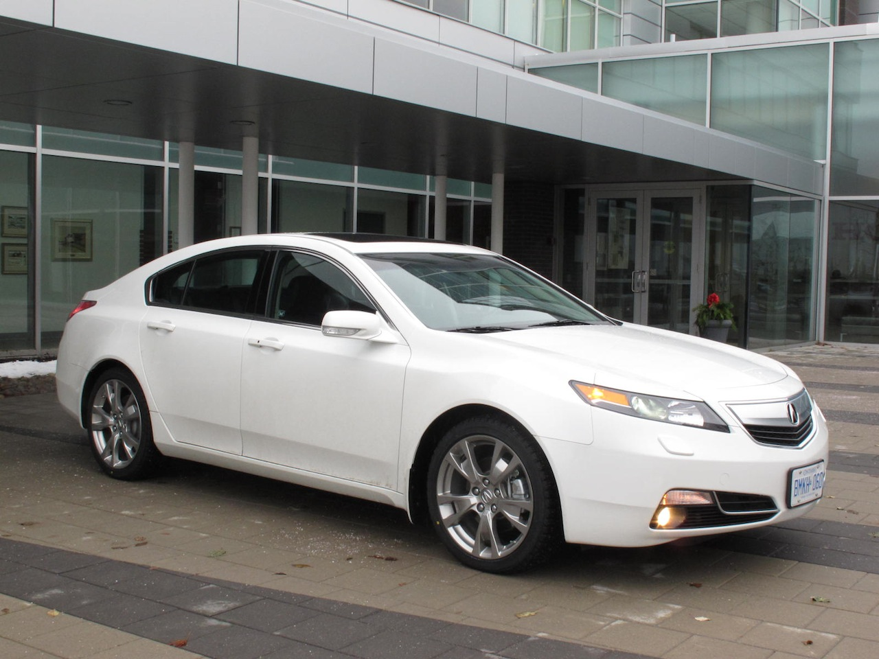 canadian auto review 2012 acura tl sh awd elite review. Black Bedroom Furniture Sets. Home Design Ideas