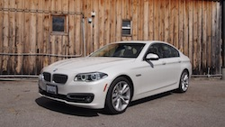 2014 寶馬 BMW 535d xDrive Metallic White front side view