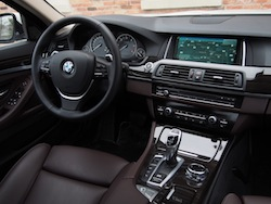 2014 寶馬 BMW 535d xDrive Metallic White interior dash