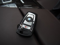2014 寶馬 BMW 535d xDrive Metallic White car key keyfob