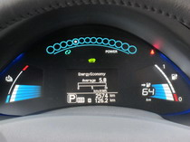 2015 Nissan Leaf Red gauge display charge