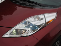 2015 Nissan Leaf Red head lamps