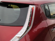 2015 Nissan Leaf Red tail lamps