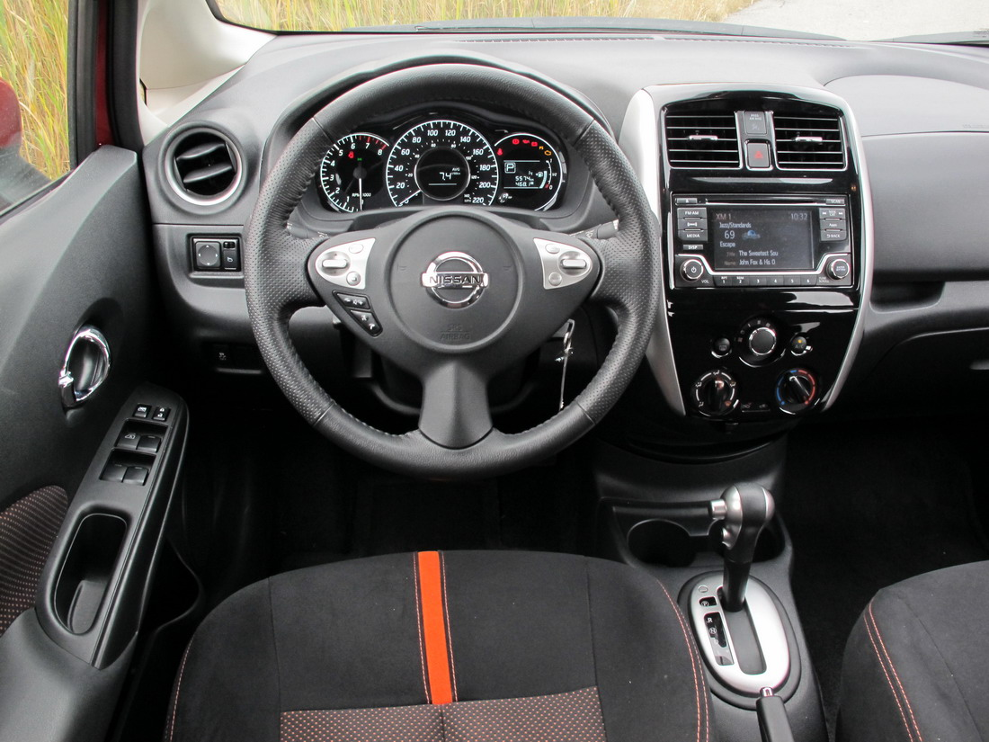 Chinese auto review 2015 nissan versa note for Nissan versa note interior dimensions