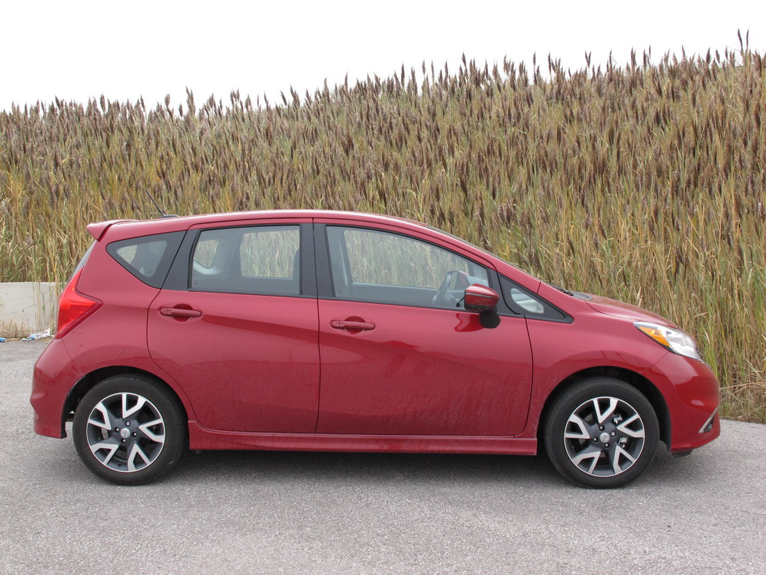chinese auto review 2015 nissan versa note. Black Bedroom Furniture Sets. Home Design Ideas